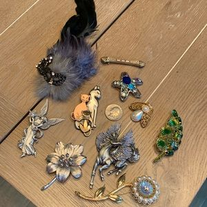 Jewelry - 11 Brooches and Lapel Pins